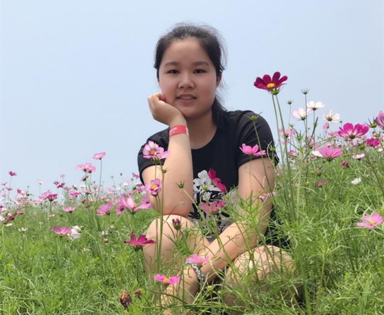 劉菁.jpg